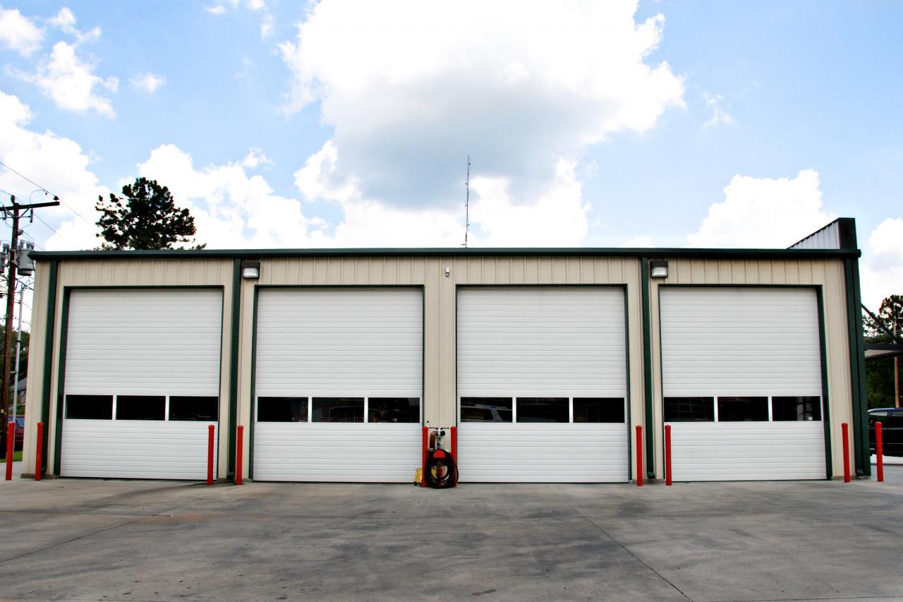 Garage Door Repair Boulder   $20   FAST U0026 RELIABLE   Commercial Garage Doors